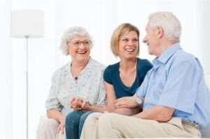הצוות שלנו יענה לכם על כל השאלות שמעניינות אתכם בנושאי סיעוד מטפלים סיעודיים