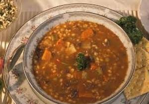 מרק עדשים בריא עשיר טעים וקל להכנה במיוחד לבני הגיל השלישי-מתן שרותי רוחה
